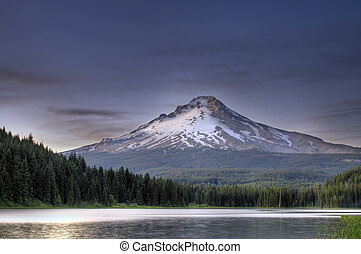 Mount Hood at Trillium Lake 5
