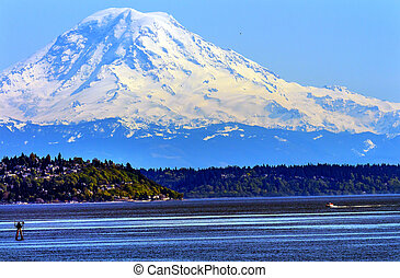 Mount Rainier Puget Sound North Seattle Snow Mountain...