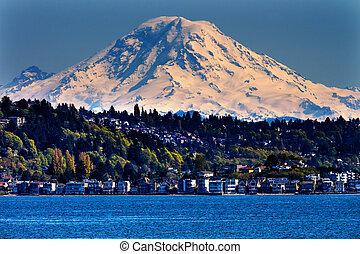 Mount Rainier Puget Sound North Seattle Snow Mountain...
