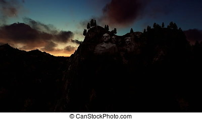 Mount Rushmore, timelapse sunrise