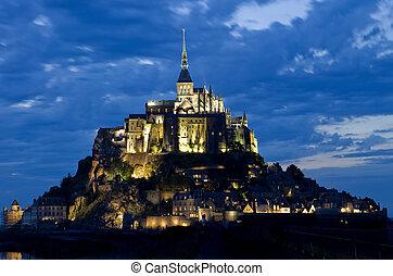 mount saint michel at night, normandy, france