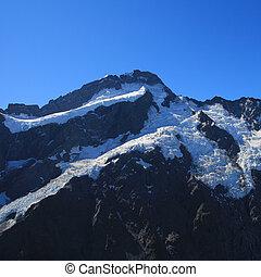 Mount Sefton seen from a place just below Mueller Hut.