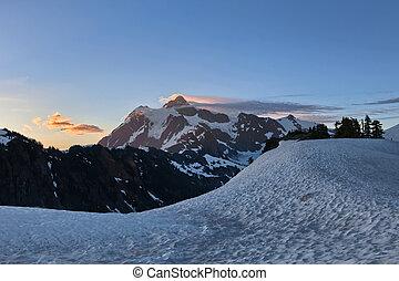 Mount Shuksan sunrise