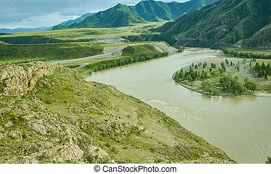 Mountain Altai. The confluence of Chewie and Katun