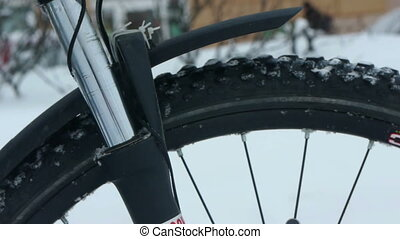 Mountain bike suspension fork winter test