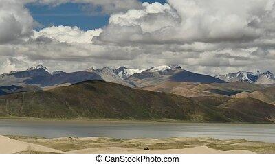 Brahmaputra River Himalayas Tibet - Mountain Brahmaputra...
