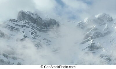 Mountain cloud time lapse - Cloud time lapse and Mount...