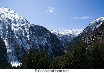 Mountain Dreiherrenspitze, East Tyrol, Austria