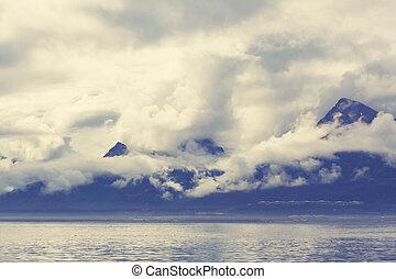 Valdez - Mountain in Alaska, Valdez, USA