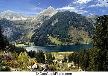 Mountain lake in in autumn - Mountain lake in the Allgaeu ...