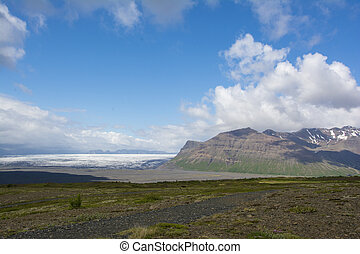 Mountain landscape in Iceland. Skaftafell national park.