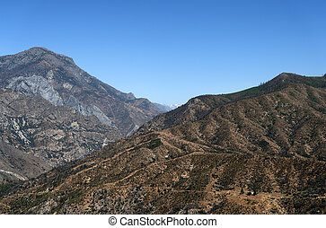 Mountain landscape in Kings Canyon National Park, California, USA