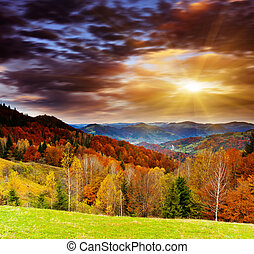 mountain landscape - Majestic sunset in the mountains ...