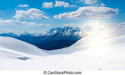 Mountain range seen from the top of the glacier