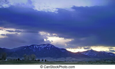 Mountain Range Timelapse - High definition time lapse of a...