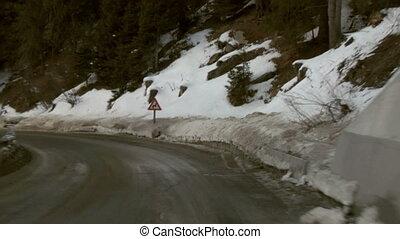 Mountain road 01 - Mountain road time-lapse