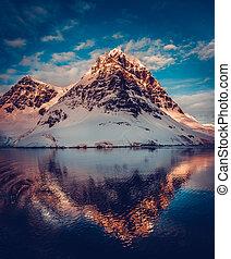 Mountain scenery in Antarctica