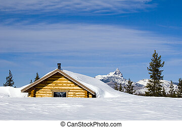 Mountain Shelter - A shelter in the Cascade mountains in ...