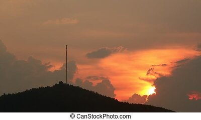 Mountain Top Coms Data Tower Mast Sunset Time Lapse - Mobile...