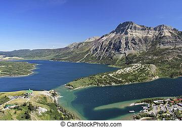 Mountain View of Waterton Lakes National Park