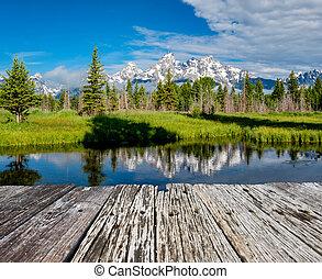 Grand Teton Mountains from Schwabacher's Landing on the Snake River at morning. Grand Teton National Park, Wyoming, USA.