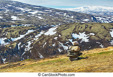Mountains in Innerdalen ( Innset)