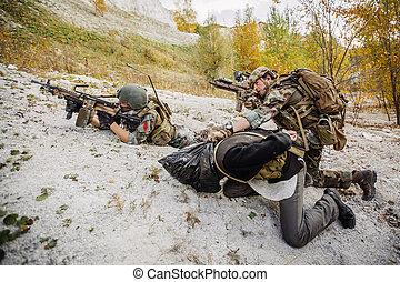 mountains, lag, skogvaktare, fångad, terrorister