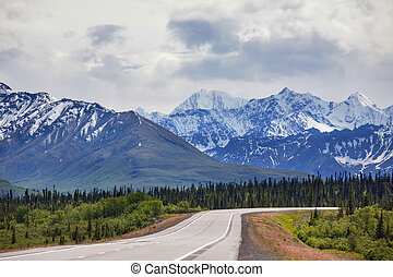 Mountains on Alaska - mountains in Alaska