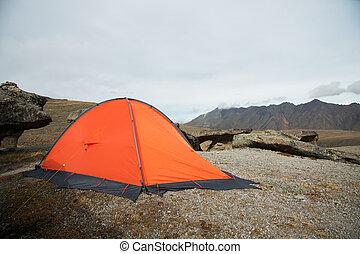 mountains, sätta, ås, mot, hög, bakgrund, apelsin, high-altitude, caucasian, tält