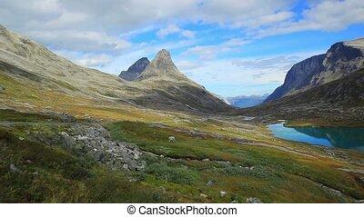 Mountains valle