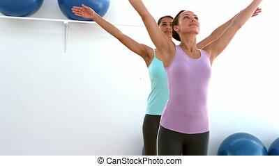 mouvement, crise, pilates, brunes