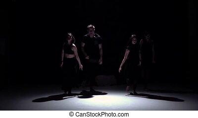 mouvement, danse lente, danseurs, contemporain, quatre, gracieux, noir, ombre