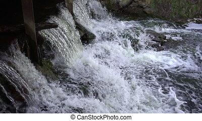 mouvement, lent, puissant, chute eau