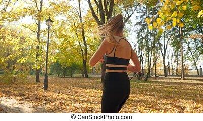 mouvement, vidéo, parc, femme, lent, exercices, après, ...