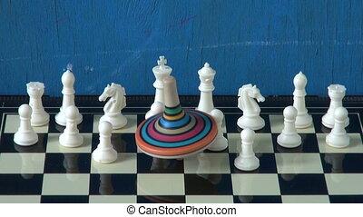 movimento, trottola, scacchi