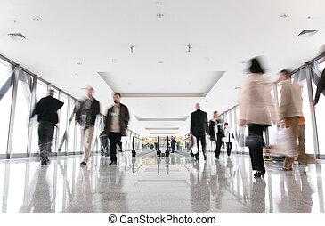 moving croud and escalator