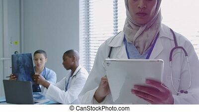 moyen-est, numérique, vue, docteur féminin, utilisation, ...