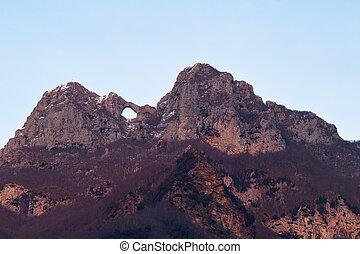 Mt Forato Apuan Alps in T