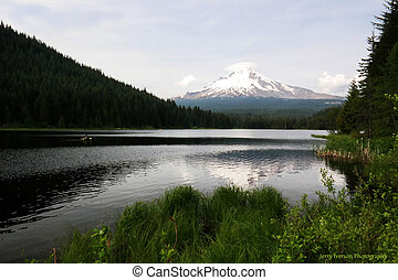 Mt Hood at Trillium Lake - Trillium Lake which is an amazing...