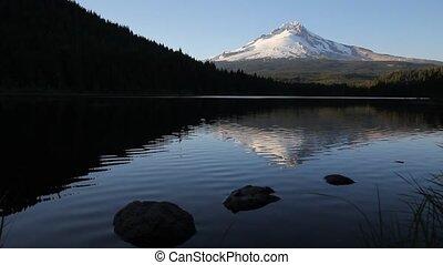 Mt. Hood Reflection Trillium Lake - Mount Hood Water...