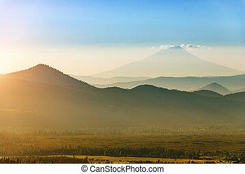 Mt. Shasta - Mount Shasta in California seen from Lassen ...