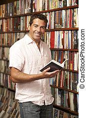 mužský, zákazník, do, knihkupectví