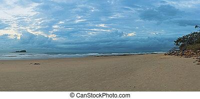 Mudjumba Beach Twilight