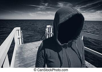 muelle, mujer, faceless, océano, concepto, unrecognizable, secuestro, encapuchado