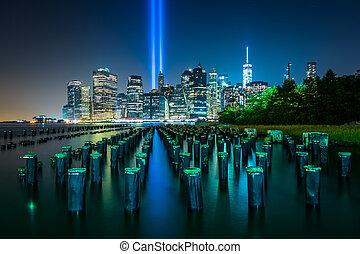 muelle, puente, luz, encima, brooklyn, contorno, pilings, ...