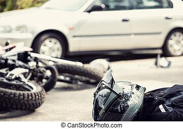 muerto, motociclista, sobre el calle, después, tráfico, incidente, con, un, coche