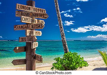 muestra de la calle, indicar, direcciones, a, diferente, lugares, de, el mundo, tomado, en, samoa