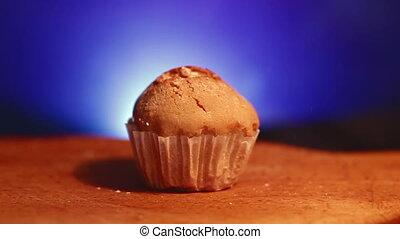 Muffin cake powdered sugar - Muffin cake with white powdered...
