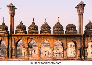 mughal, sklepia, piaskowiec, kopuły, architektura