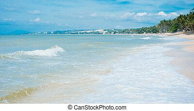 Mui Ne White Sandy Beach
